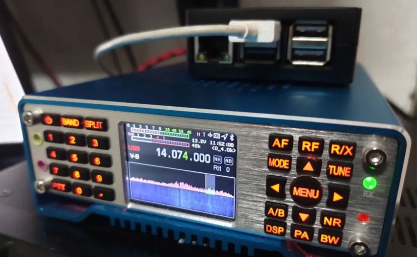 Raspberry Pi and AilunceHS2 can be perfectly adapted to pay FT8